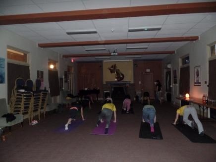 Image of UofM students in Yoga class at Trotter